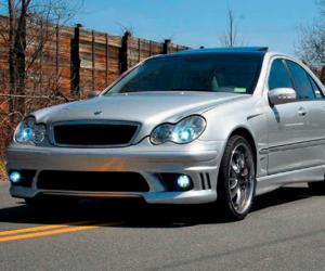Mercedes-Benz C 240 photo 9