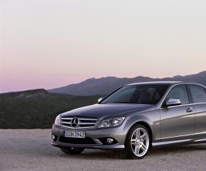 Mercedes-Benz C 320 CDI photo 4