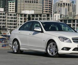 Mercedes-Benz C 320 CDI photo 7