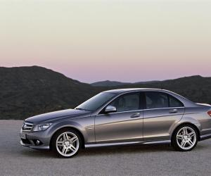 Mercedes-Benz C 320 CDI photo 10