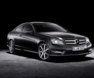 Mercedes-Benz C Coupe photo 4