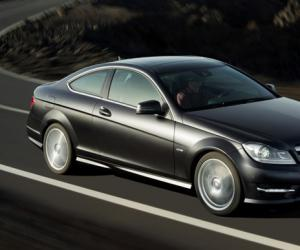 Mercedes-Benz C Coupe photo 6