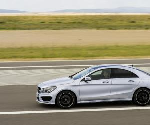 Mercedes-Benz CLA 180 photo 1