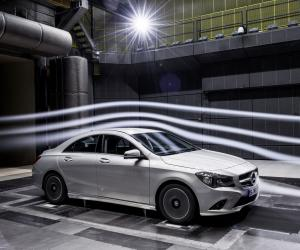 Mercedes-Benz CLA 180 photo 4