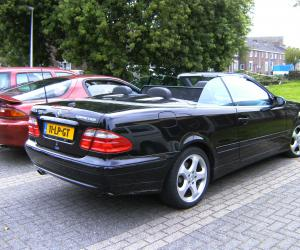 Mercedes-Benz CLK 200 photo 9