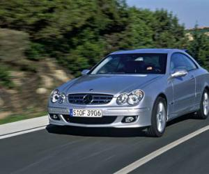 Mercedes-Benz CLK 220 photo 1