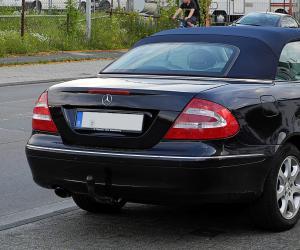 Mercedes benz clk 240 photos 1 on better parts ltd for Mercedes benz clk 240