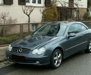 Mercedes-Benz CLK 270 photo 2