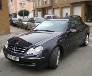 Mercedes-Benz CLK 270 photo 10