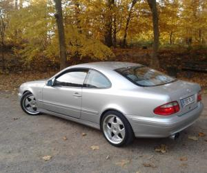 Mercedes-Benz CLK 270 photo 11