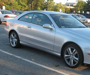 Mercedes-Benz CLK 350 photo 1