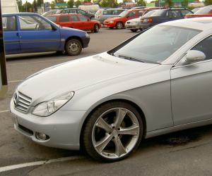 Mercedes-Benz CLS 320 photo 1