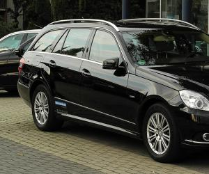 Mercedes-Benz E 250 CDI T-Modell photo 1
