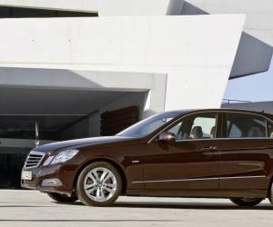 Mercedes-Benz E 350 photo 8