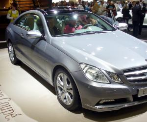 Mercedes-Benz E 350 photo 9
