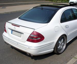 Mercedes-Benz E 55 AMG photo 1