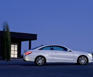 Mercedes-Benz E-Klasse Coupe photo 11