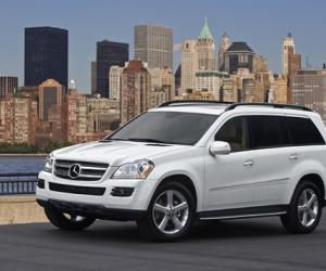 Mercedes-Benz GL 320 CDI photo 2