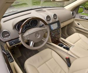 Mercedes-Benz GL 320 CDI photo 6