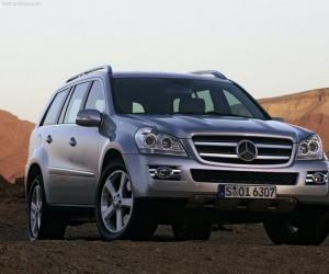 Mercedes-Benz GL 420 Bluetec photo 4
