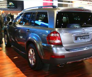 Mercedes-Benz GL 420 Bluetec photo 7