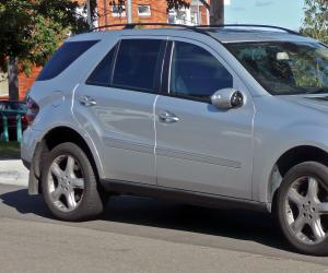 Mercedes-Benz ML 320 CDI photo 2