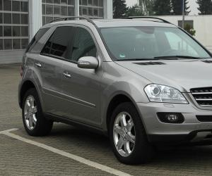 Mercedes-Benz ML 320 CDI photo 3