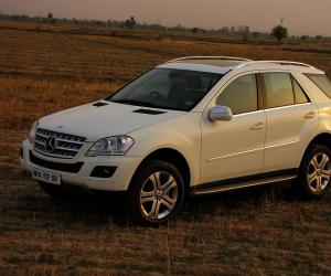Mercedes-Benz ML 320 CDI photo 11