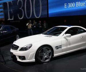 Mercedes-Benz SL 63 AMG photo 14