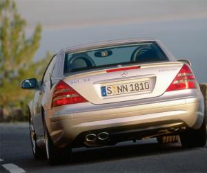 Mercedes-Benz SLK 32 AMG photo 2