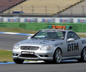 Mercedes-Benz SLK 32 AMG photo 3