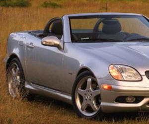 Mercedes-Benz SLK 320 photo 8