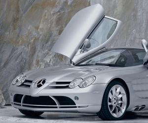 Mercedes-Benz SLR photo 7