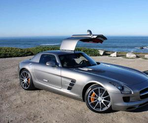 Mercedes-Benz SLS AMG photo 4