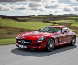 Mercedes-Benz SLS AMG photo 8