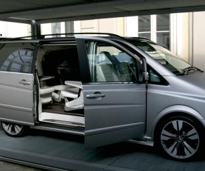 Mercedes-Benz Viano Vision Pearl photo 3