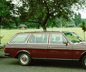 Mercedes-Benz W 123 photo 1