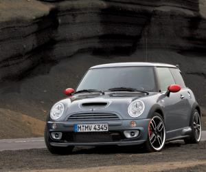 MINI Cooper S John Cooper Works GP photo 5