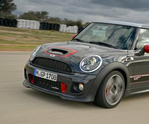MINI Cooper S John Cooper Works GP photo 8