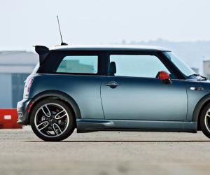 MINI Cooper S John Cooper Works GP photo 11