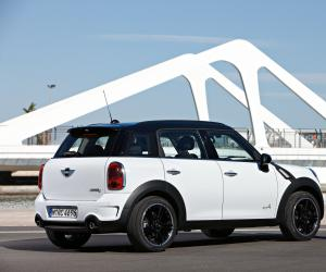 MINI Countryman photo 1