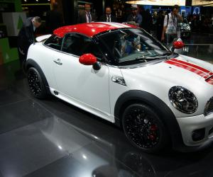 MINI Coupe John Cooper Works photo 1