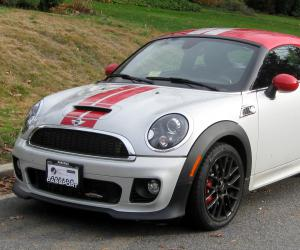 MINI Coupe John Cooper Works photo 2