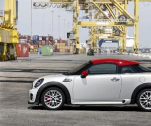 MINI Coupe John Cooper Works photo 12