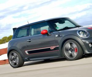 MINI John Cooper Works GP photo 5