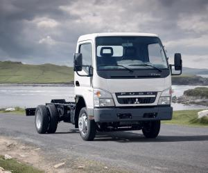 Mitsubishi Fuso Canter photo 16