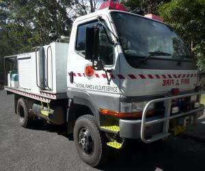 Mitsubishi Fuso Canter photo 18