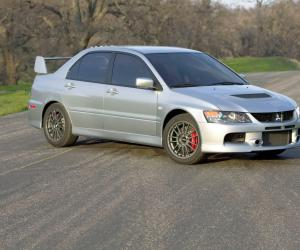 Mitsubishi Lancer Evolution IX photo 1