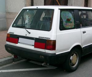 Mitsubishi Space Wagon photo 1