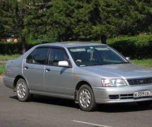NISSAN Bluebird photo 1